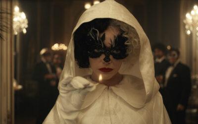 Perijätär de Vil sai taas yhden elämän valkokankaalla – Cruella-elokuva on varsin siivo, pääosassa on puvustus