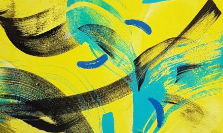 """Mia Saharlan taide on kuin hiekkalaatikkoleikkiä – """"Nautin, että se on toisille vain turhaa sotkemista"""""""