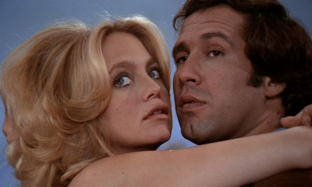 Kaikkien aikojen Hitchcock-parodia toimii yhä sekä jännityksenä että komediana – Foul Play nyt DVD:nä