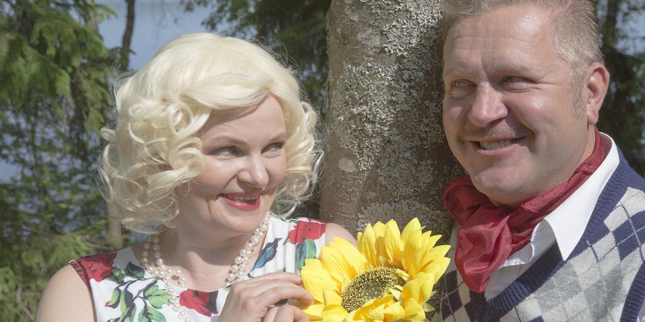Viikinsaaressa ollaan rakkauden asialla – 506 ikkunaa -näytelmässä kuullaan 14 Miljoonasade-biisiä