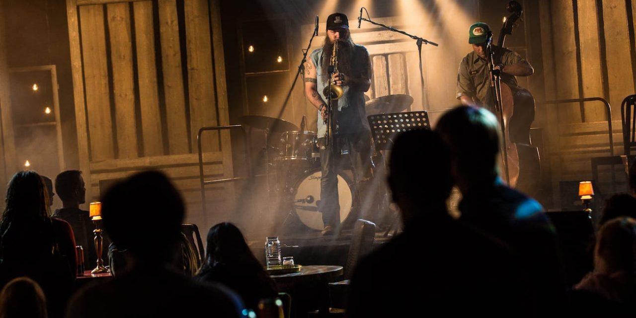 Rodeosta studioon – Tampereen Hot Heros tekee väkevää jazzia, mutta levyn teema jää hieman hämäräksi
