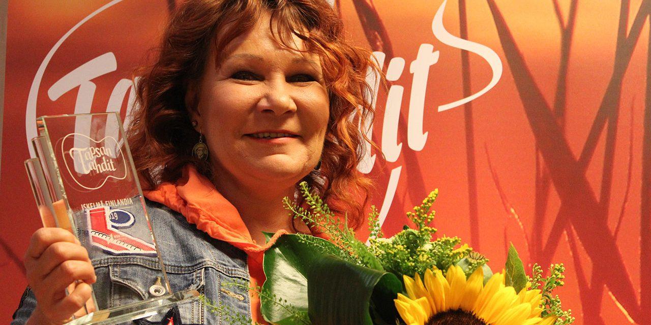 Virve Rosti arvostaa Iskelmä-Finlandiaa – palkinto nousee yhdeksi laulajan uran huippuhetkistä