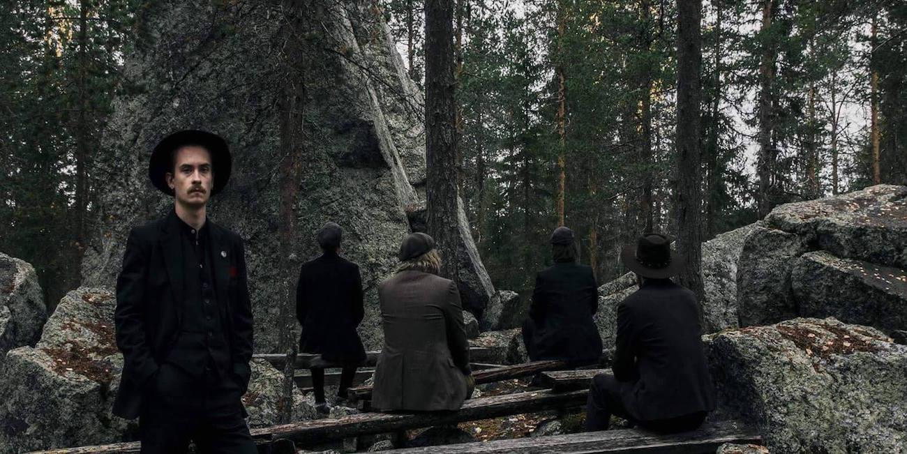 Älä sano sanaakaan tai kaikki romahtaa – Autiomaa-yhtye pitää kiinni folk-melankoliastaan
