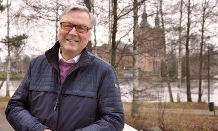 Ei tullut pappia Liikasen Erkistä, mutta Ojansivun Osmosta tuli – molemmat siunasivat pikkulintuja