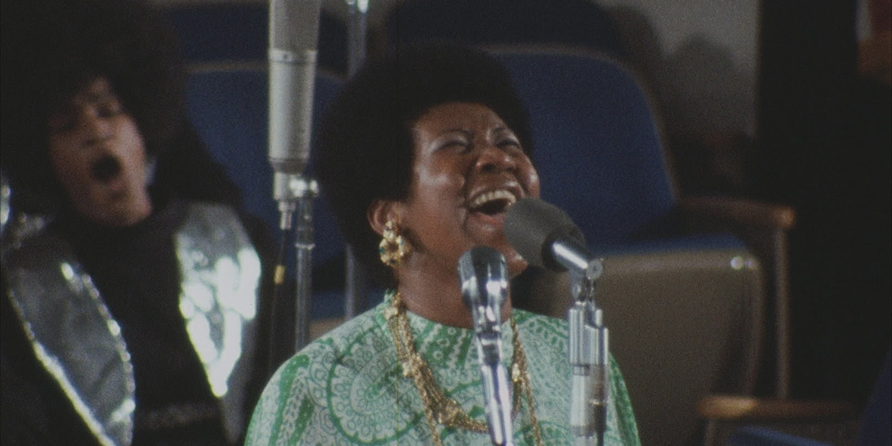 Soulin kuningatar Aretha Franklin lauloi poppiakin kuin gospelia – Amazing Grace -elokuvan arvostelu