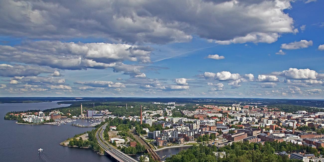 """Eisevväliä! – 240 parasta tai muuten vain """"ernomasta"""" Tampere-asiaa"""