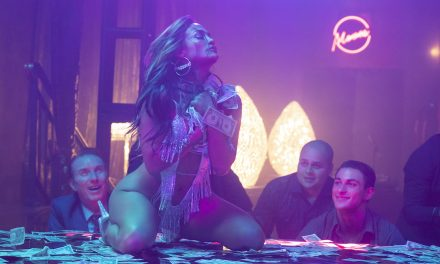 Arvostelussa Hustlers: Jennifer Lopez -elokuva kertoo arveluttavan tarinan huijaristrippareista