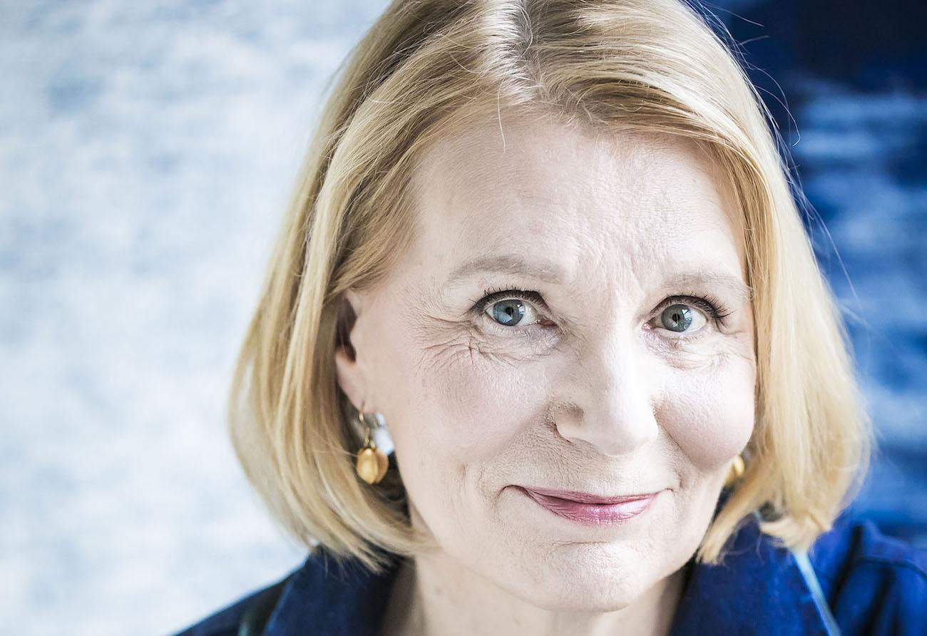 Kotirintaman sitkeät naiset – Heidi Köngäs antaa inhimillisyyden puhua Mirjami-romaanissaan