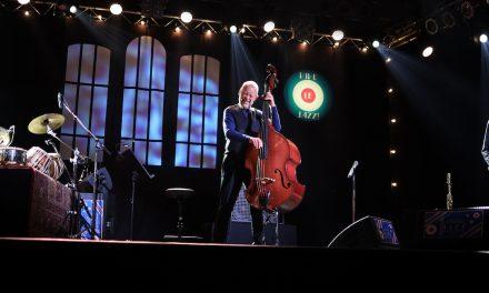 Tampere Jazz Happening: Joëlle Léandre ja Cross Currents Trio sävähdyttivät perjantaina Pakkahuoneella