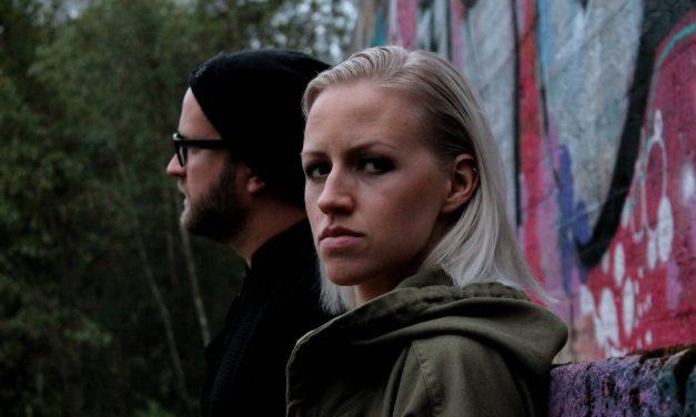 Tummasointisen konemusiikin ja poplaulun liitto – arvostelussa Hämärä-duon esikoisalbumi