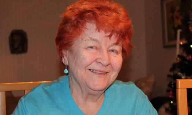 Kolmen kodin sotalapsi Ulla Welin, 80, sai turvaa Ruotsissa – aikuisena hän purki muistojaan runoihin