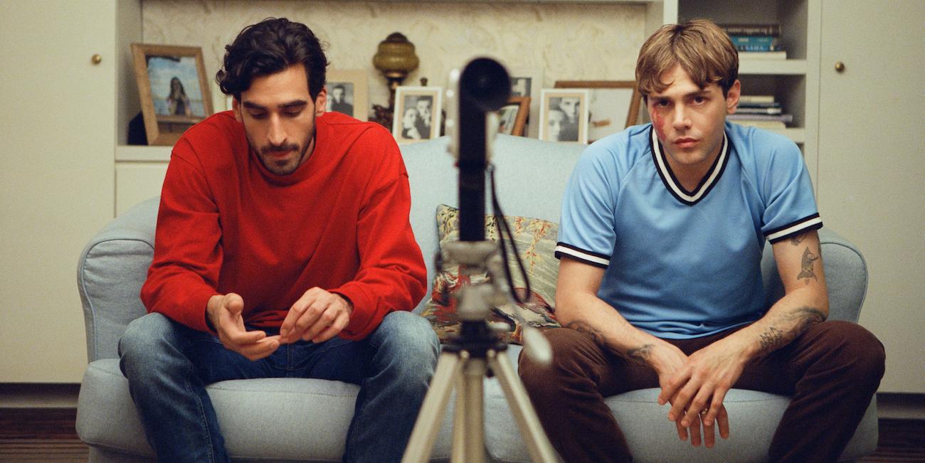 Xavier Dolan kuvaa tunnetta pohjia myöten kuin Aznavour – arvostelussa ensi-ilta Matthias & Maxime