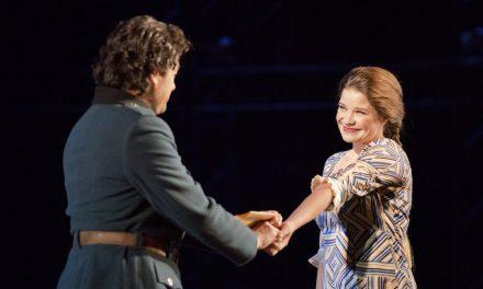 Tampereen Oopperan Carmen on visuaalisesti vaikuttava ja musiikillisesti hehkuva oopperaelämys