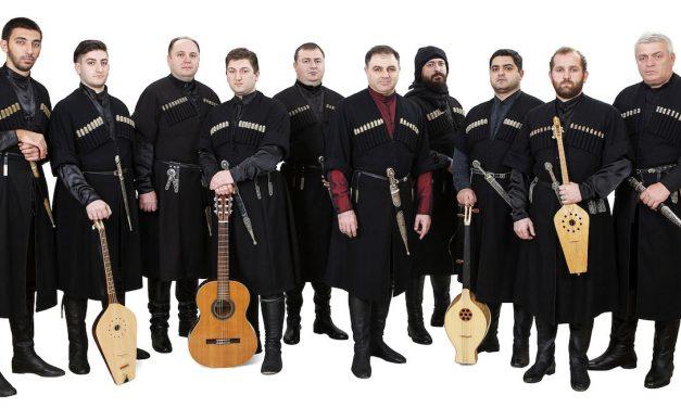 Jylhiltä vuorilta luostarin rauhaan – Rivoreran laulussa soi Georgian musiikkiperinne sykähdyttävällä tavalla