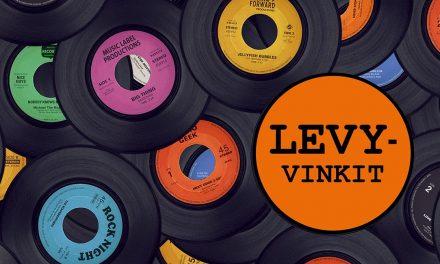 50+ erinomaista albumia koronan aikana kuunneltavaksi – Kulttuuritoimituksen vinkit