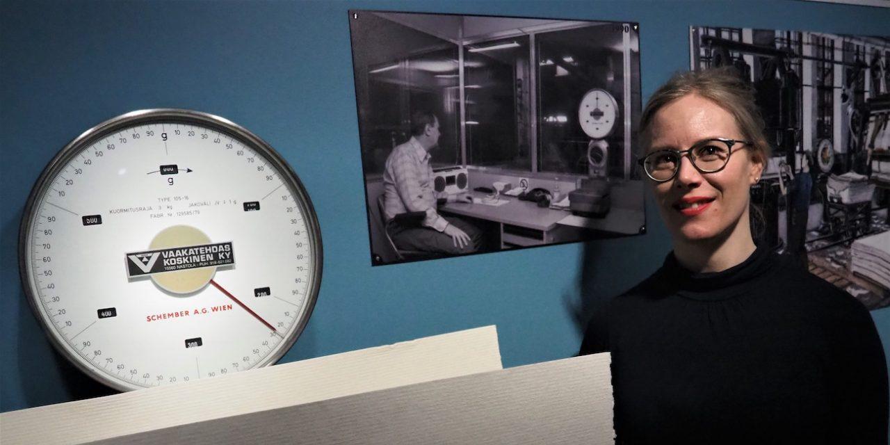 Tehdastyön koko kuva näyttelyissä: ihmesaippuaa, tikkuviinaa ja pumpulipölyä Gustafissa ja Werstaassa