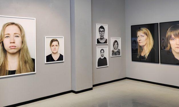 Galleriakatsaus: Irti vääristä paineista ja niiden tuomasta häpeästä ja konseptoinnin kahleista