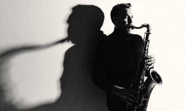 Saksofonisti Timo Lassyn livekonserteista syntyi tinkimätöntä musiikkia tarjoava jazzalbumi