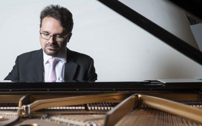 Tuomas Turriago levytti tähänastisen pianotuotantonsa ja paketoi palasen suomalaisen musiikin historiaa