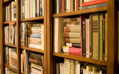 Tästä pääset lukemaan kaikki 272 kirja- ja sarjakuva-arvosteluamme