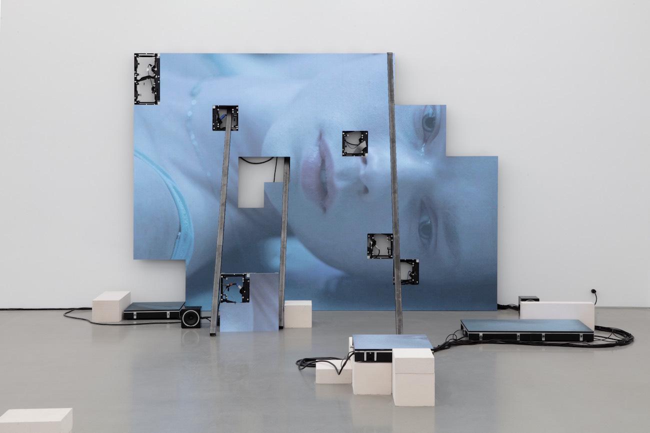 Corporealite╠us at Perrotin New York Guillaume Ziccarelli