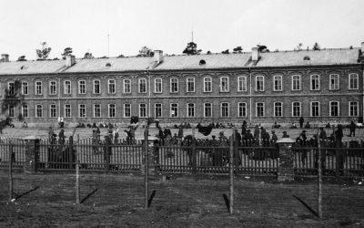 Naisten yhteishenki kesti ja selviytymistaidot kantoivat vankileirin läpi – arviossa Virva Liskin kirja