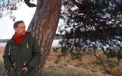 Joogan puu kasvaa ylösalaisin – joogafilosofia on tietoisuuskeskeistä, sanoo tutkija Matti Rautaniemi