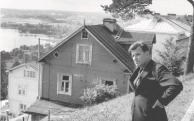 Lauri Viita karkotti naisensa ja ikävöi lapsiaan – arvostelussa Jukka Lyytisen elämäkerta pirstoutuneesta kirjailijasta