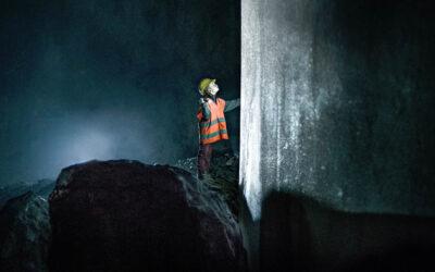 White Wall on Suomen kallein ja kenties komein tv-sarja, mutta mikä mättää tarinan perustuksissa?