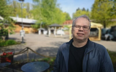 60 vuotta täyttävän Timo Kokkilan ura kattaa suomalaisen sarjakuvan yllättävätkin käänteet
