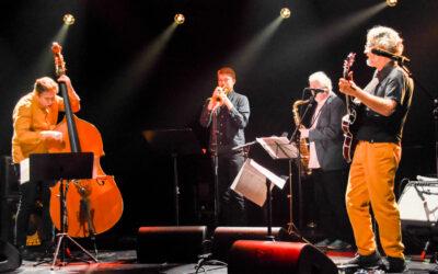 12 suomijazzin apostolia ja kolme komeaa bändiä paukuttivat koronapalikat pussiin Kerava Jazzin illassa