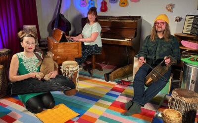Leikki ja laulu tekee hyvää myös aikuiselle! Petra ja Pekko Käppi musisoivat Pikku Kakkosen uudessa kuunnelmassa