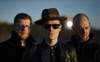 Skotlantilainen The Fratellis julkaisi kevään kunniaksi iloisesti helkkäävän indiepop-paketin