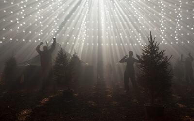 Valtteri Raekallion tanssiteos haastaa katsojan valitsemaan – Uraanilampussa loistaa liike ja luonnonvalo