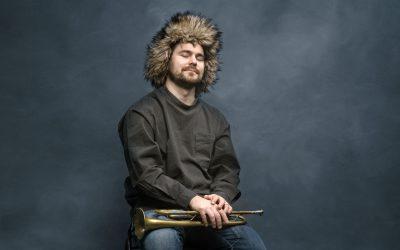 Trumpetisti Verneri Pohjolan oma ääni kuuluu uudella The Dead Don't Dream -levyllä entistä kirkkaammin