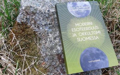 Okkultismia, spiritualismia, vapaamuurareita, uushenkisyyttä: kirja salatieteistä kertoo meistä paljon