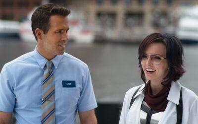 Salaviisas Free Guy on täysillä hyvisten puolella – Ryan Reynolds ihastuttaa tieteiskomedian pääosassa