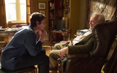 Dementikon roolistaan Oscar-palkittu Anthony Hopkins yhdistää elegantisti nyanssit vimmaisaan jyrinään – arviossa Isä